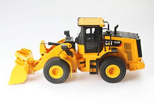 Diecast Masters 25003 - Ferngesteuerter Caterpillar RC Radlader 950M, detailgetreues, realistisches CAT Baufahrzeug in 1:24, ca. 39,5 x 13,5 x 16,5 cm, ca. 25 m Reichweite, ab 8 Jahren