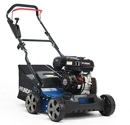 HYUNDAI Benzin-Vertikutierer SC4001G (Combi Gerät - Rasenlüfter, Moosentferner mit 40 cm Arbeitsweite, verstellbarer Arbeitstiefe, kraftvollem 5.4 PS Hyundai Motor, 45L Fangkorb)