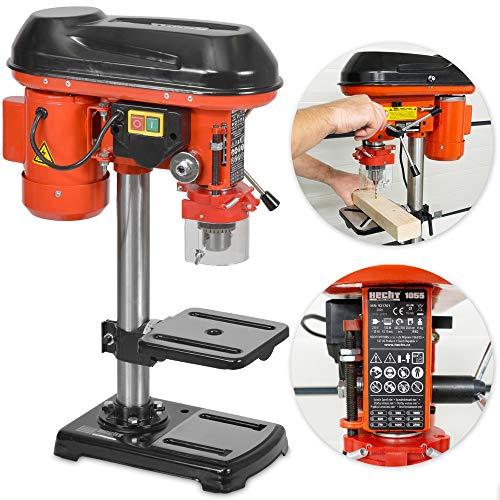 Säulenbohrmaschine mit starken 550 Watt – 9-stufige Dreh-zahlregelung, drehbar- und höhenverstellbarer Bohrtisch – Späneschutz